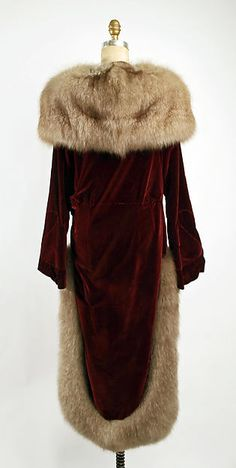 Evening coat (image 2) | Philippe & Gaston | French | 1928 | Metropolitan Museum of Art | Accession Number: 1980.337