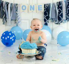 One year old boy cake smash