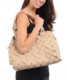 love this bag! That's right, my boutique isn't just clothing, its accessories as well and handbags :)
