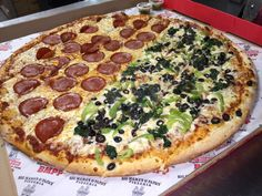 """Who wants a """"pizza"""" this? #BMPPBurbank  https://ordernow.bigmamaspizza.com/locations/burbank/"""