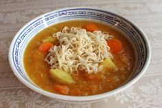 Den er hurtig at lave, d Soup Recipes, Snack Recipes, Danish Food, Asian Recipes, Ethnic Recipes, I Foods, Healthy Snacks, Spicy, Clean Eating