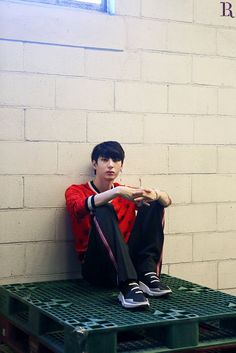 Cute And Handsome Vixx Leo During His Photoshoot For LR Whisper