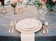 Romantic Pink and Gold Wedding Inspiration | Glamour & Grace