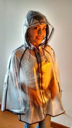 keuschheitsgürtel tragen pvc regenmantel lack