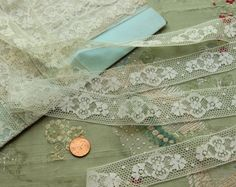 Antique French lace 1 yard cotton  flowers 1920  by duchesstrading, $7.99