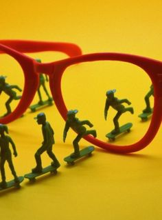Skate Glasses with the Ray-T of Toyboarders!