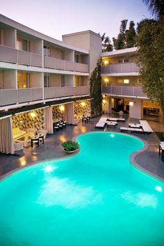 Avalon was originally an apartment complex favored by stars, including Marilyn Monroe. Avalon Hotel Beverly Hills (Beverly Hills, California) - Jetsetter