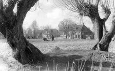 1969, Snakkerburen Oan 'e Ie, ongeveer tegenover de Vierhuisterweg, foto A. Bakker. Leeuwarden