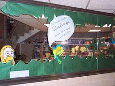 Una selva a la biblioteca. Decoració per la Xerrada de Pilar Garriga.