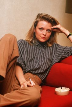 Michelle Pfeiffer #VINTAGE top fashion from the 80's and 90's..