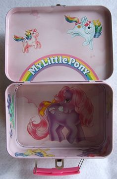 my little pony aw aw aw Original My Little Pony, All My Little Pony, Vintage My Little Pony, 1980s Childhood, Childhood Memories, Vintage Lunch Boxes, Toys Land, My Little Pony Merchandise, Vintage Toys