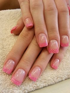 Fancy pink glitter tips