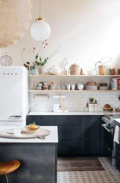 New Kitchen Cabinets Ideas Blue Dark Ideas Kitchen Cabinet Colors, Kitchen Shelves, Kitchen Tiles, Kitchen Colors, New Kitchen, Kitchen Dining, Kitchen Cabinets, Kitchen Modern, Kitchen White