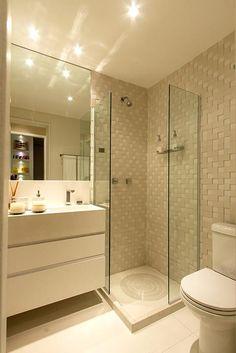 Banheiro do apartamento de 2 dormitórios do HomeClub Guarulhos