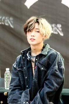 """I'm one of those guys that wants your attention."" Full of nonsense chats,lol. K Pop, Pop Bands, Yg Entertainment, Ikon Instagram, Jonghyun, Rapper, Kim Jinhwan, Ikon Junhoe, Ikon Member"