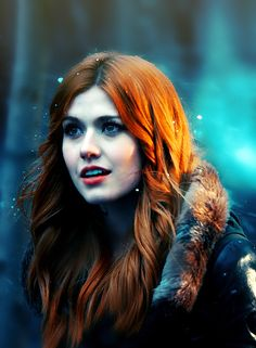 Love the hair Clary Fray, Clary And Jace, Katherine Mcnamara, Constantin Film, Shadowhunters Tv Show, City Of Bones, Beautiful Redhead, Cassandra Clare, The Mortal Instruments
