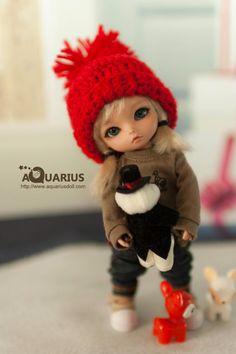 Winnie on Aquarius Doll