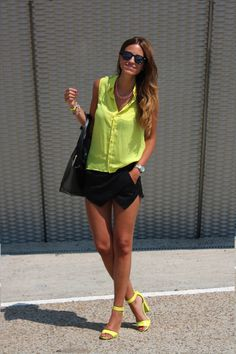 dejabu skirt-short ¿?¿?¿?  ;))