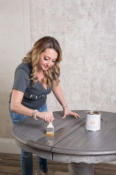 How to achieve the Driftwood look the easy way • Fusion™ Mineral Paint Furniture Painting Techniques, Paint Furniture, Furniture Makeover, Cool Furniture, Refinished Furniture, Furniture Refinishing, Furniture Ideas, Driftwood Stain, Pallet Painting