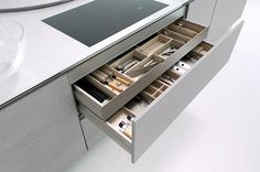 Grey Oak Real Wood Kitchens by LWK Kitchens London, a leading supplier of bespoke German kitchen furniture for London. Kitchen Drawers, Kitchen Storage, Kitchen Size, Kitchen Stuff, German Kitchen, Kitchen Organisation, Grey Oak, Wooden Diy, Real Wood