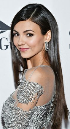 """( ☞ 2017 ) CELEBRITY WOMAN ★ VICTORIA JUSTICE ) ★ Victoria Dawn Justice - Friday, February 19, 1993 - 5' 5½"""" - Hollywood, Florida, USA."""