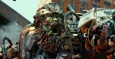 Transformers 4 Age Of Extinction - First Look At Hound and his magnificwnt robotic beard... i think i have a new favorate movie bot