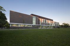 High School in Lachine / Marosi Troy Architectes + Jodoin Lamarre Pratte architectes