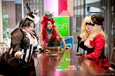 Steampunk Harley Quinn, Poison Ivy, and Penguin Walk Into a Bar [Cosplay]