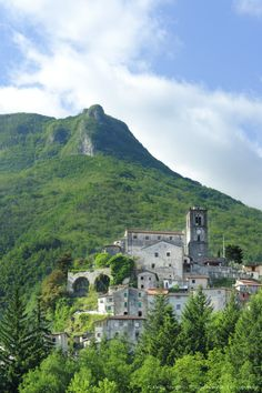 Monzone - Alpi Apuane, Toscana