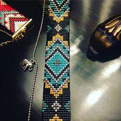 Bracelet Manchette en perles Miyuki tissées et chaîne à billes avec éléphant - Mandala noir vert ocre