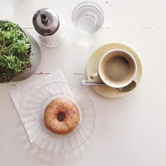 @doughmade doughnuts and coffee - such a delicious combination #happysunday #doughmade #paris #madefromscratch