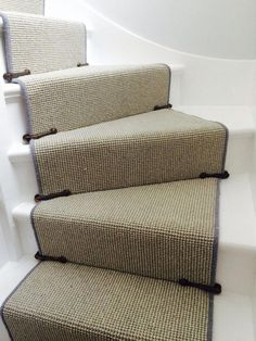 Stairs With Carpet Runner . Stairs No Carpetstairs with carpet runner stairs no carpet . carpet runner on stairs . carpet on stairs . removing carpet from stairs . stairs with carpet runner . Staircase Runner, Staircase Railings, Staircase Design, Stairways, Spiral Staircases, Modern Staircase, Cottage Stairs, House Stairs, Carpet Stairs