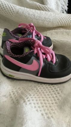 8f008de34153ff Baby girl Nike shoes size 7c