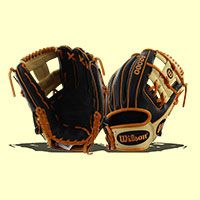 "This 2017 Wilson A2000 11.5"" Baseball Glove (A20RB17JA27GM) is the game day model of MLB All-Star Jose Altuve!"