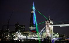 Europe's tallest Building 'The Shard' celebrated with explosive Laser Show in London  ( 309m, 1016 ft)