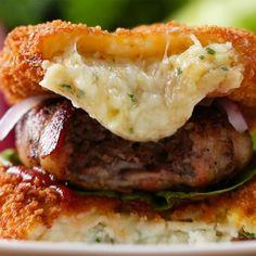 Mashed Potato Bun Bacon Burger Recipe by Tasty potato like claim jumper Burger Recipes, Beef Recipes, Cooking Recipes, Cooking Tv, Healthy Recipes, Tasty, Yummy Food, Snacks, Food Videos