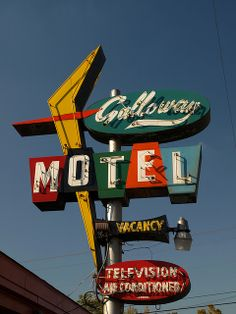 Galloway Motel vintage sign #boulderinn