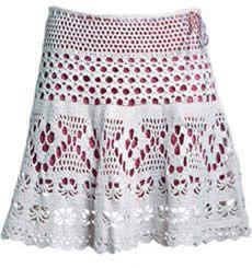 Saia de crochê  Feminina e romântica, essa peça artesanal é bem fácil de   fazer e pode ser usada tanto na praia quanto na cidade.