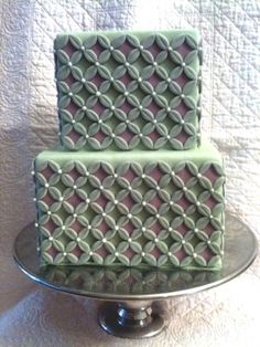 SImple Square with Pattern By kisamarie on CakeCentral.com
