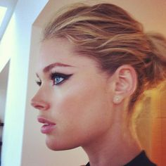 "Doutzen Kroes .. ""My Hair & Make-Up by @MeredithBaraf and @djquintero"""