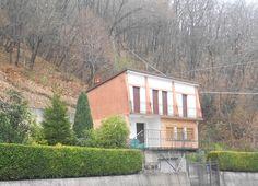 Vic.Ze Serramazzoni, Dir.Ne Maranello, Villa Singola Con Ca.500mq Di Giardino http://www.serramazzonese.it/property/4565-2/