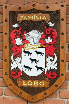 Family Shield, Armadura Medieval, Family Tattoos, Family Crest, Tumblr Wallpaper, The Good Old Days, Decorating Blogs, Coat Of Arms, Leather Tooling