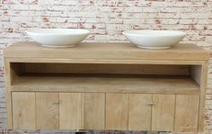 Eiken badkamermeubel met 2 softclose lades. Ontwerp en bouw komt van Wood4 Badmeubels Badkamer en badkamermeubel