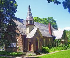 All Saints' Chapel in Ulster County, New York. Ny Library, Hudson Valley, New York, Mansions, House Styles, Places, Roots, Saints, Summer