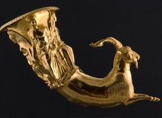 Rhyton | [IV-III century BC] | Institute of Balkan Studies and Centre of Thracology | CC BY