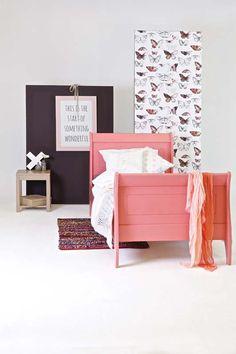 Karwei het massief grenen bed is roze gelakt wooninspiratie slaapkamer karwei - Volwassen slaapkamer idee ...