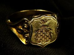 A terrific antique English signet ring. Antique Gold Rings, Poison, Triquetra, Signet Ring, Class Ring, Seal, Rings For Men, Victorian, English