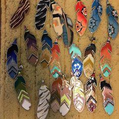 Création des boucles d'oreilles Dakota à l'Atelier marseillais #gasbijoux #chicsolaire #marseille #handmade #frenchhandmade #earrings #jewellery #bijoux