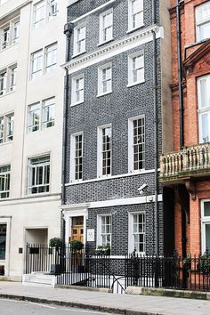 gorgeous facade // london