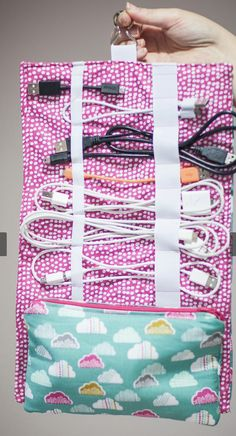 Gym Bag, Quilts, Blanket, Tips, Quilt Sets, Blankets, Log Cabin Quilts, Cover, Comforters